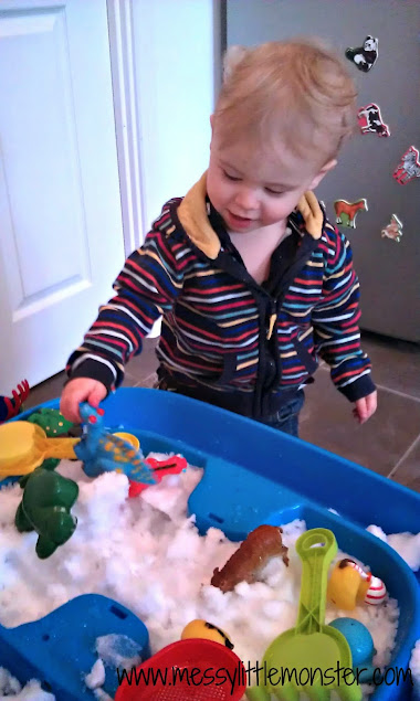 real snow sensory bin for toddlers and preschoolers