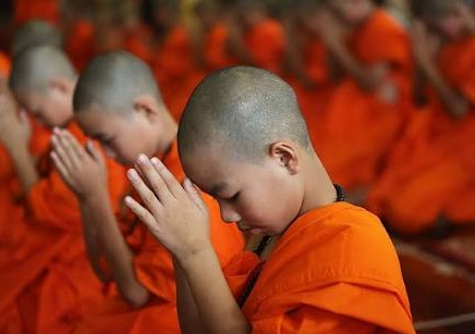 Doa Sehari Hari Agama Buddha Lengkap
