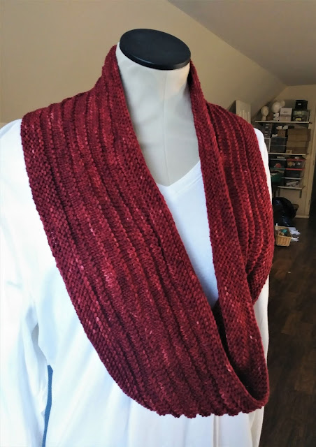 purl ridge scarf designed by Stephen West