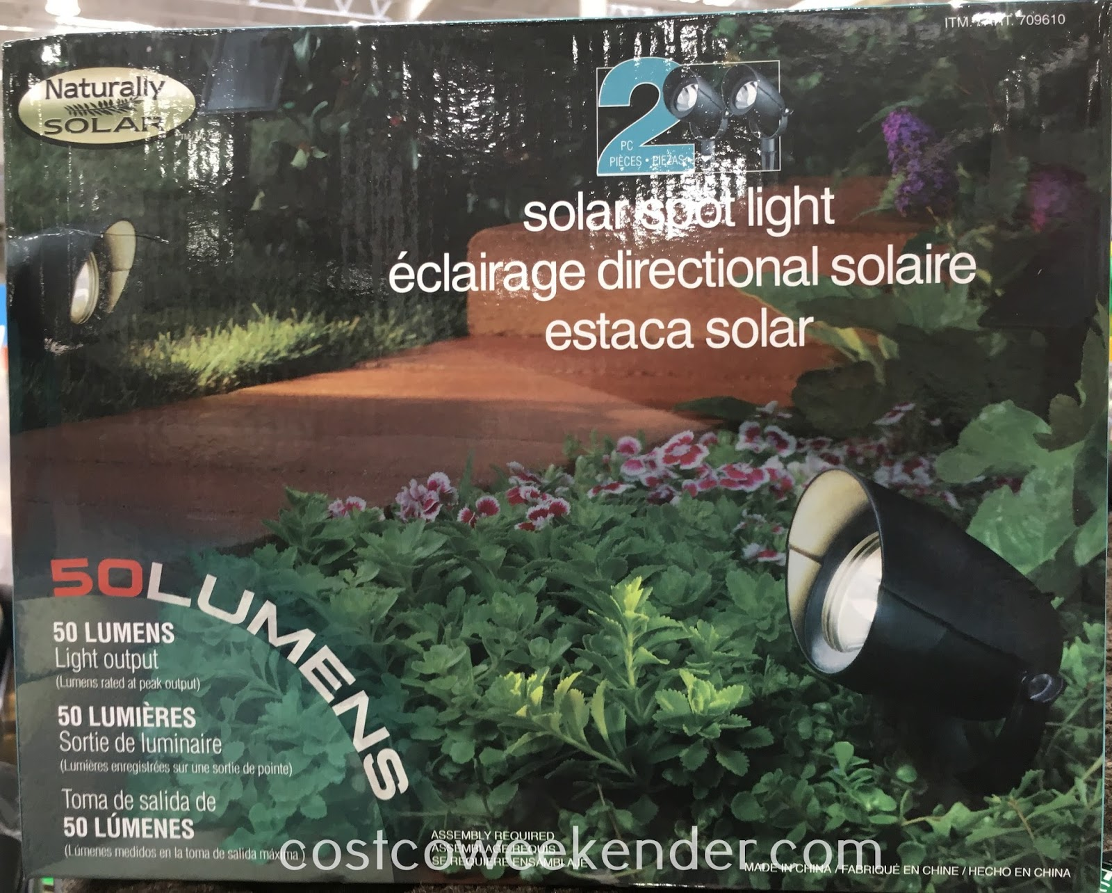 Highlight and illuminate your house with Naturally Solar Spot Lights