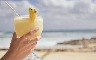 O smoothie de abacaxi é ideal em dietas de emagrecimento