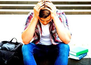 Penyebab Mahasiswa Terlambat Wisuda
