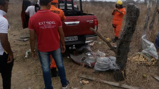 Em Delmiro Gouveia, grave acidente envolvendo veículo e carroça de burro resulta na morte de uma mulher
