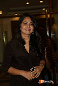 Anushka at Rudramadevi Pressmeet-thumbnail-2