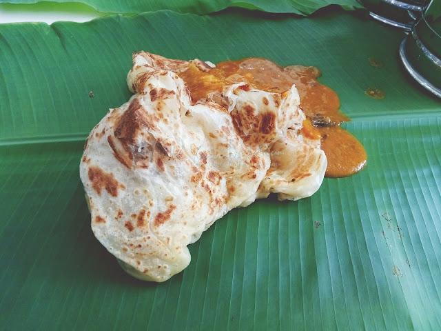 Roti Canai Atas Daun Pisang Raju's