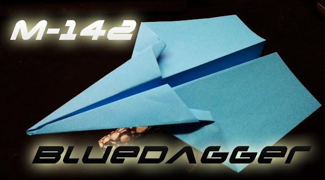 Avión de papel M-142 BlueDagger