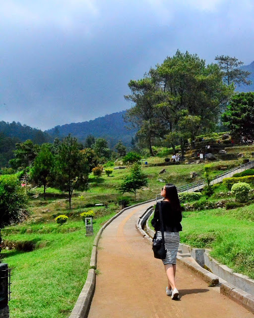 foto pemandangan di candi gedong songo