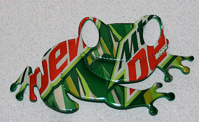 frog magnet made from recycled soda cans