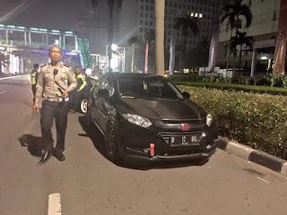 Polri amankan 4 kendaraan yg digunakan untuk balap liar di Jl. Asia Afrika #Senayan