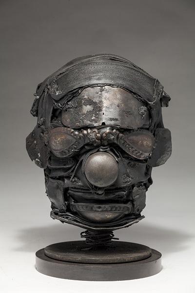 "Ronald Gonzalez - ""Mask"" - 2018 | imagenes obras de arte contemporaneo tristes, depresion, esculturas chidas, creative emotional sad art figurative pictures, cool stuff, deep feelings"