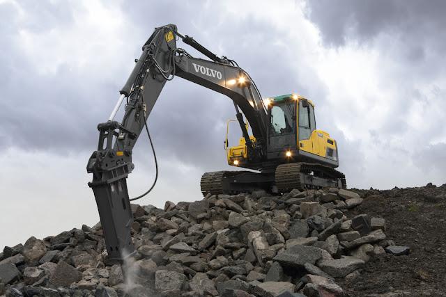 Разбиване на бетон и скали