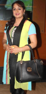 Upasana Singh husband, hot, age, husband neeraj bhardwaj, family, movies and tv shows, child, daughter name, biography, daughter, hot pics, wiki