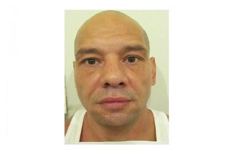 Megverte korábbi élettársát a Lechner Ödön fasoron: őt keresik
