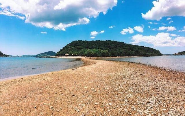 Con đường xuyên biển Nhất Tự Sơn