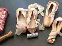 Knowing How to Sew Pointe Shoes Step by Step