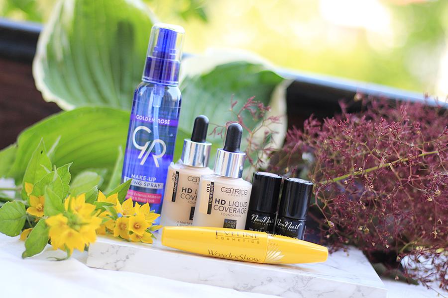Kosmetyki do makijażu - spray Golden Rose, tusz Eveline, podkład Catrice, hybrydy NeoNail