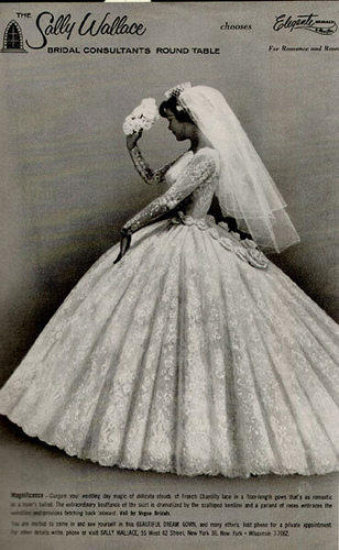 Magazines Back Then But There S No Lack Of Originality Here As This Bride Has Shucked Her Veil For A Pleated Organza Hat Echoing The Pleating On