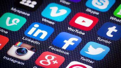 Κοινωνικά δίκτυα και ίντερνετ