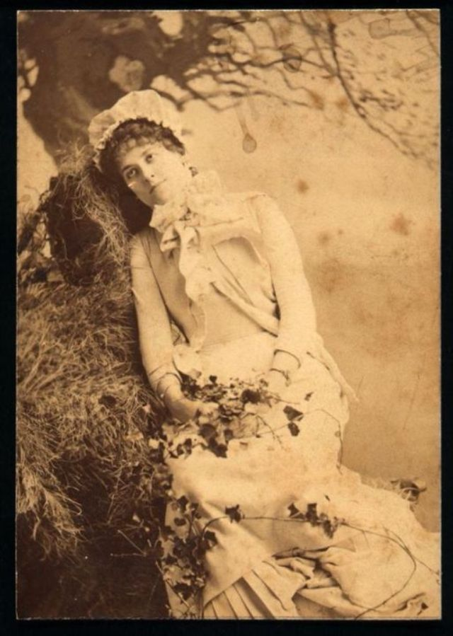 Victorian Postmortem Photography The Myth Of The Stand