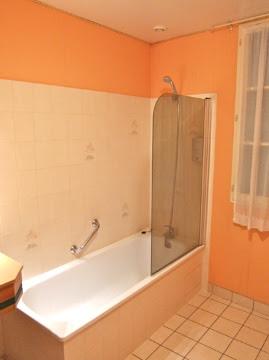 The Gray Report French Shower Design Half Door Wet