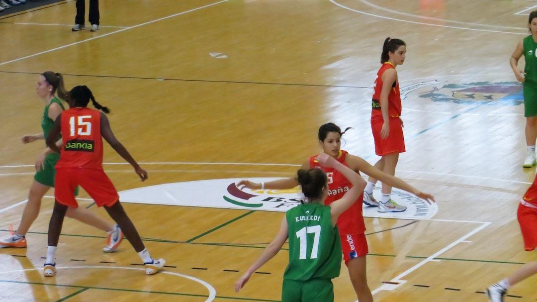 Barakaldo Digital: Baloncesto - España gana el V Torneo Internacional de Barakaldo por 36-76 a ...