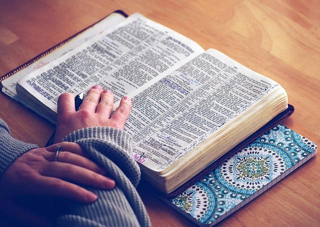 Biografia dos apóstolos, quem foi o apóstolo Pedro, o martírio dos apóstolos, biografia apostolos, história dos apóstolos, história dos apóstolos, biografia Simão Pedro, história Simão Pedro