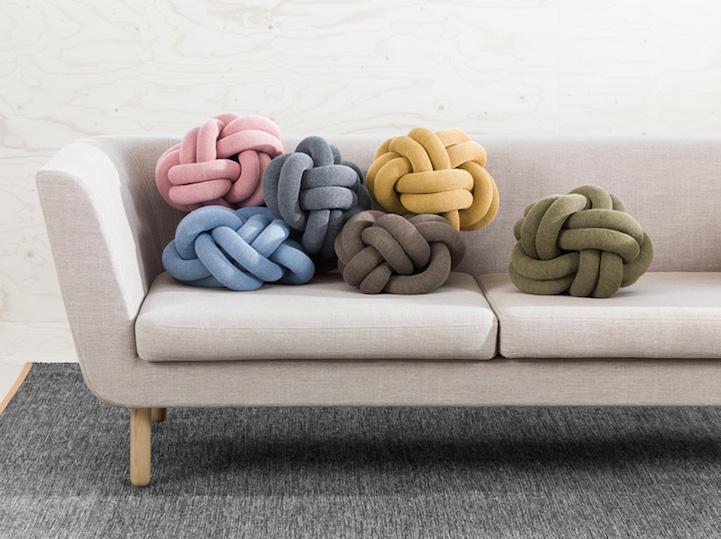 Coloridos cojines de nudo hechos a mano que fácilmente puedes reformarlo