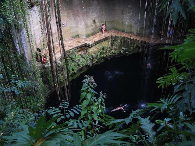 Cenote Ik Kil – México
