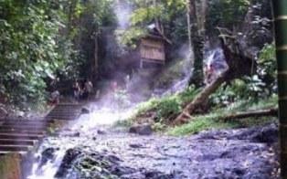Tempat Wisata Pemandian Air Panas Lejja