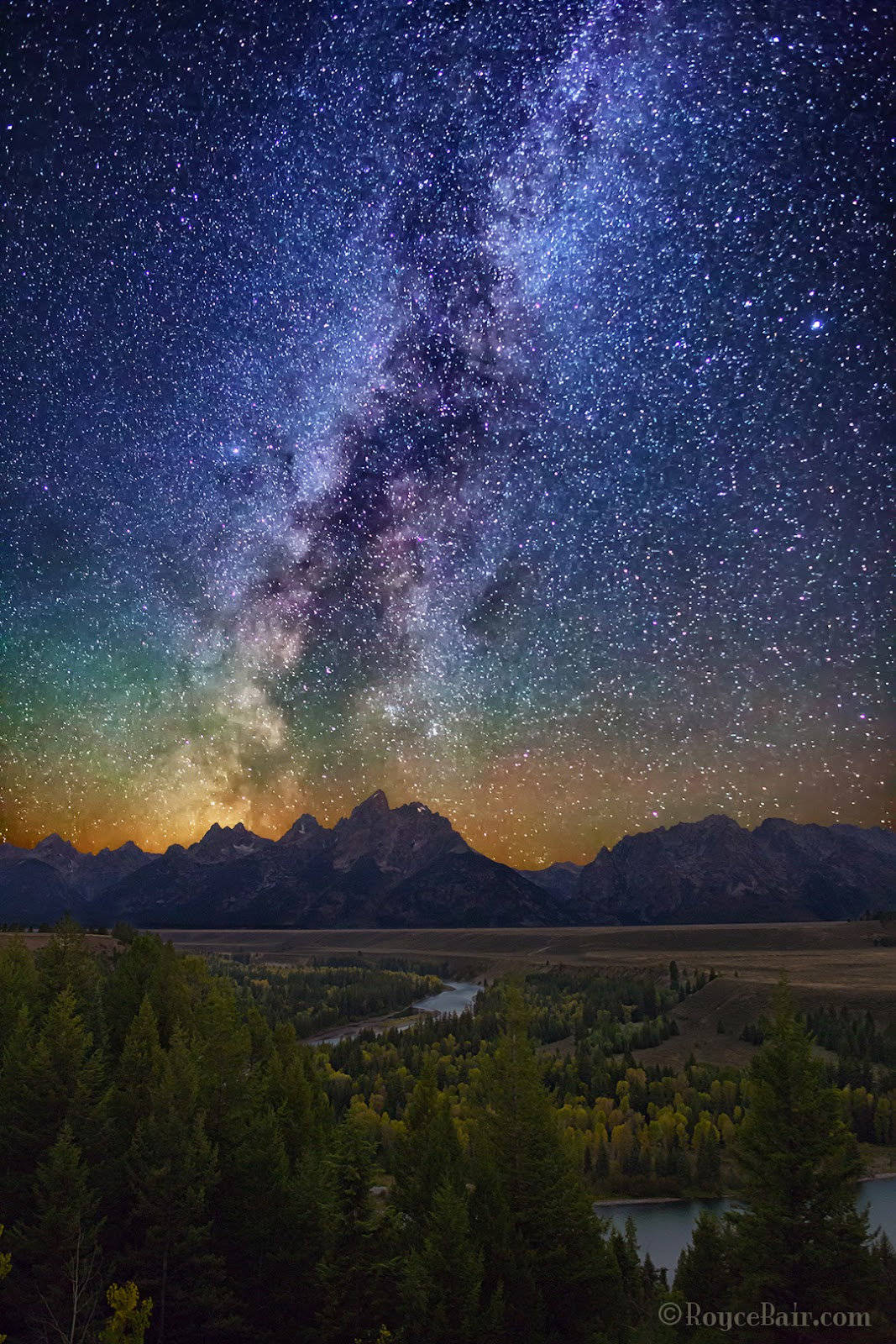 Into The Night Photography: Finding the Milky Way with Sky