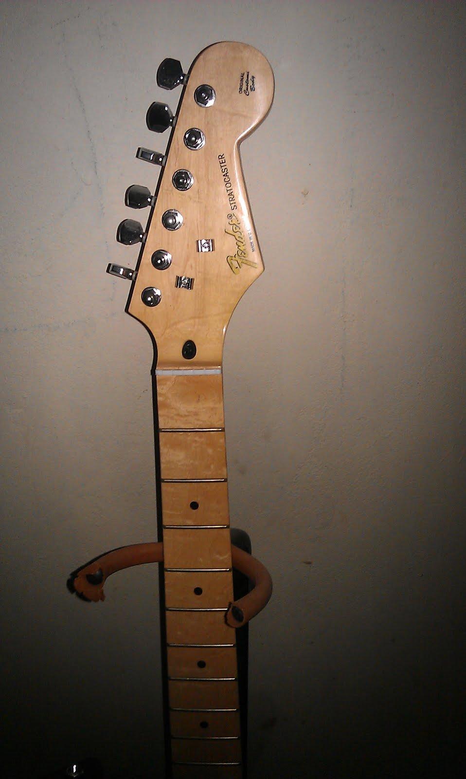 2011 Honda Civic For Sale >> I sell stuff: FAKE Fender Stratocaster for sale - SOLD