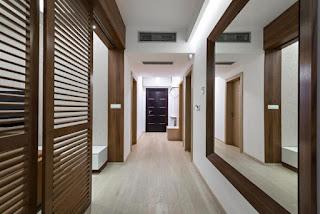 ديكورات ممرات  بين غرف النوم  الديكور الراقي