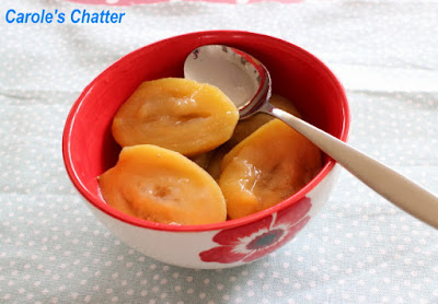Carole's Chatter: Poached Feijoas
