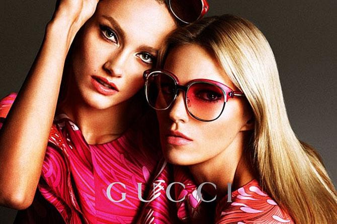 e4c14f4cc1b90 Os Óculos são um dos acessórios essenciais em todas estaçōes. Eles não só  nos protegem do sol como atualmente é um complemento da moda.