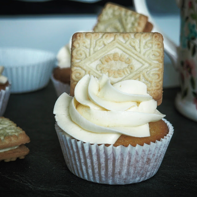 custard cream cupcake custard buttercream