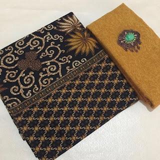 Kain Batik dan Embos 482 Pekalongan Kuning