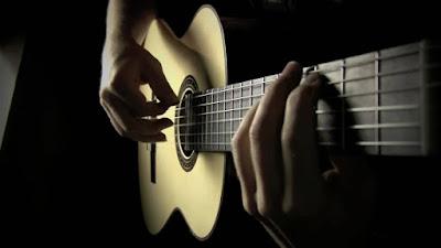 Cara Memetik Gitar Yang Benar