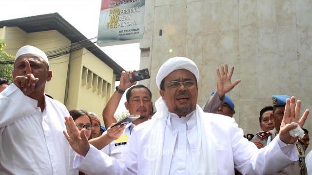 Polisi Harusnya Kejar dan Tangkap Steven Jong, Bukan Habib Rizieq