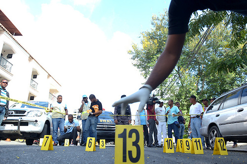 Cinco muertos y cuatro heridos en supuesto intercambio de disparos entre PN y asaltantes