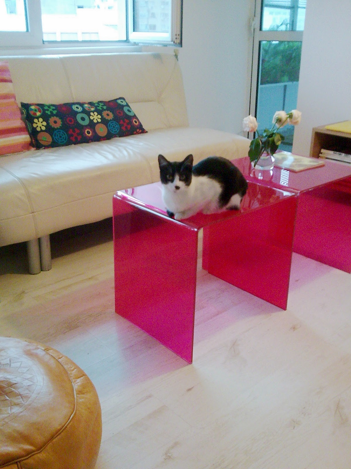 Meeha Meeha: Before and after: Pink coffee tables