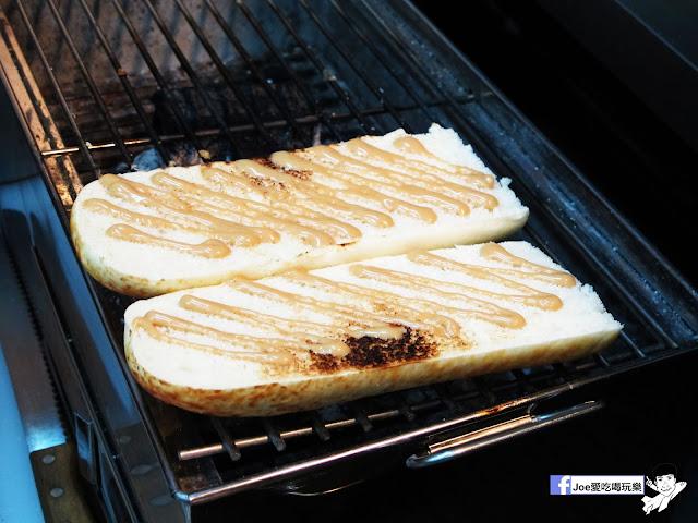 IMG 4890 - 【熱血採訪】NickJu 尼克啾 碳烤法式三明治 位於中國醫附近的尼克啾 NickJu 主打法式三明治,把餐廳所用的食材搬到街頭,讓客人用平價價格吃到高檔美味
