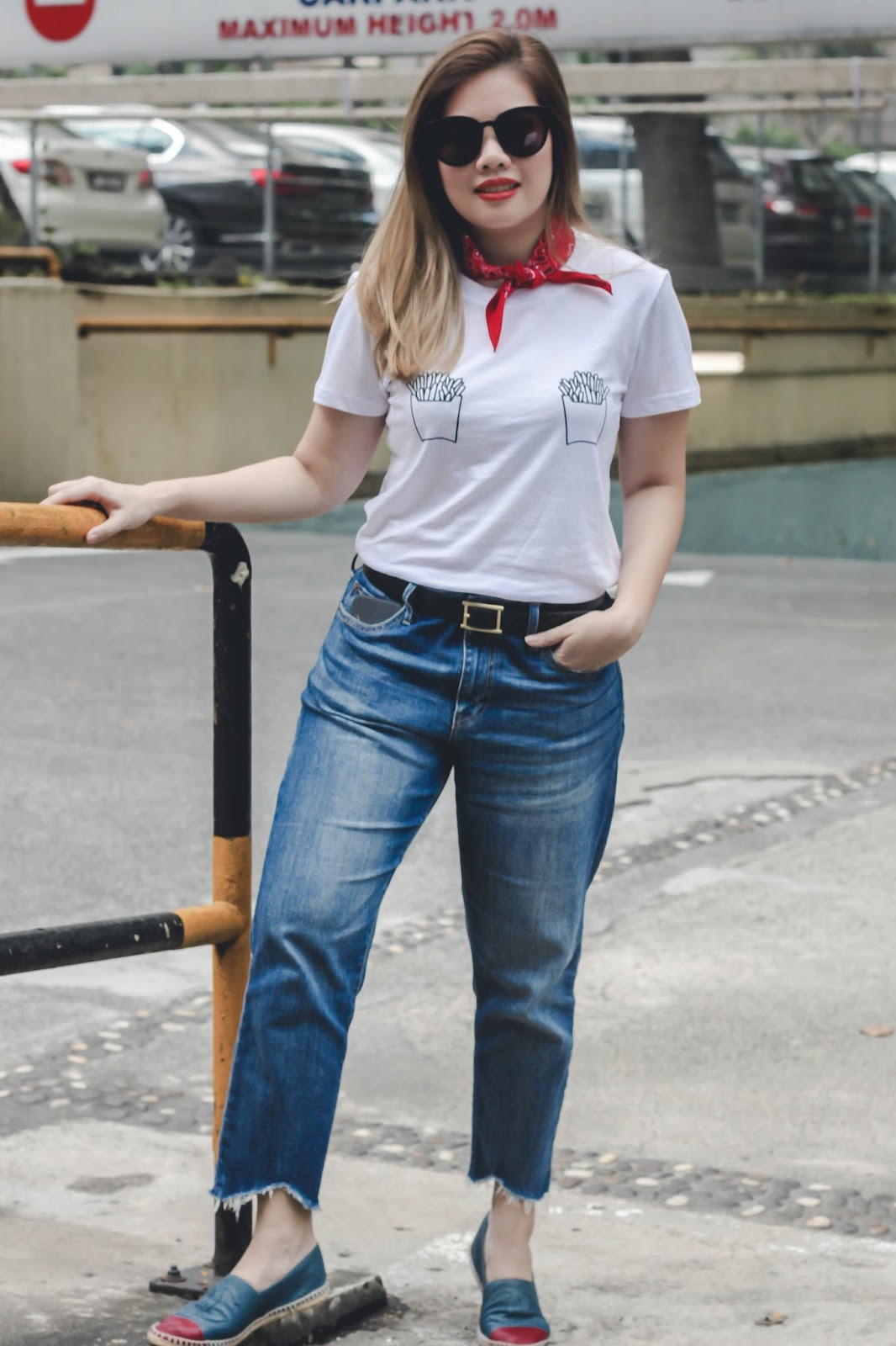 singapore blogger street style look book fashion bandana photography outfit denim tees chanel
