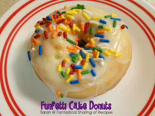 Funfetti Cake Donuts | What's better than a donut with sprinkles? Not much! #donuts #breakfast #sprinkles #recipe
