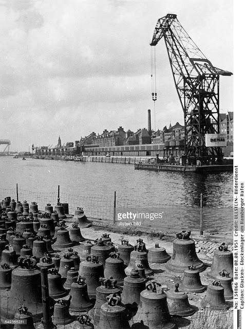 Плавкран Demag в Гамбурге в 1951 году