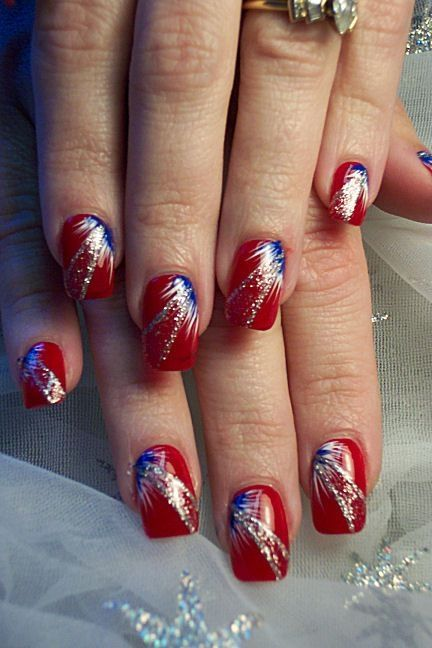 4th of July nails, red nails with blue white fan brush accents
