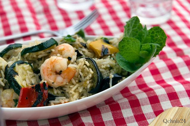 sałatka ryżowa z krewetkami