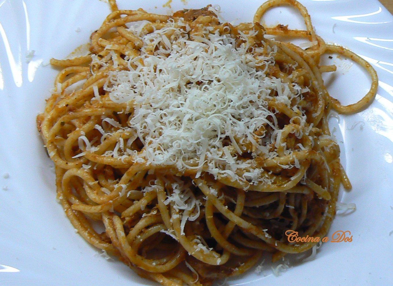 Cocina a dos espaguetis de at n y gulas for Espaguetis para dos