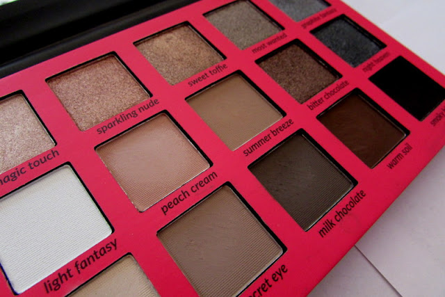Wibo Neutral Eyeshadow Palette