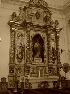 Decoração da Basílica de Nossa Senhora do Pilar, na Recoleta, em Buenos Aires
