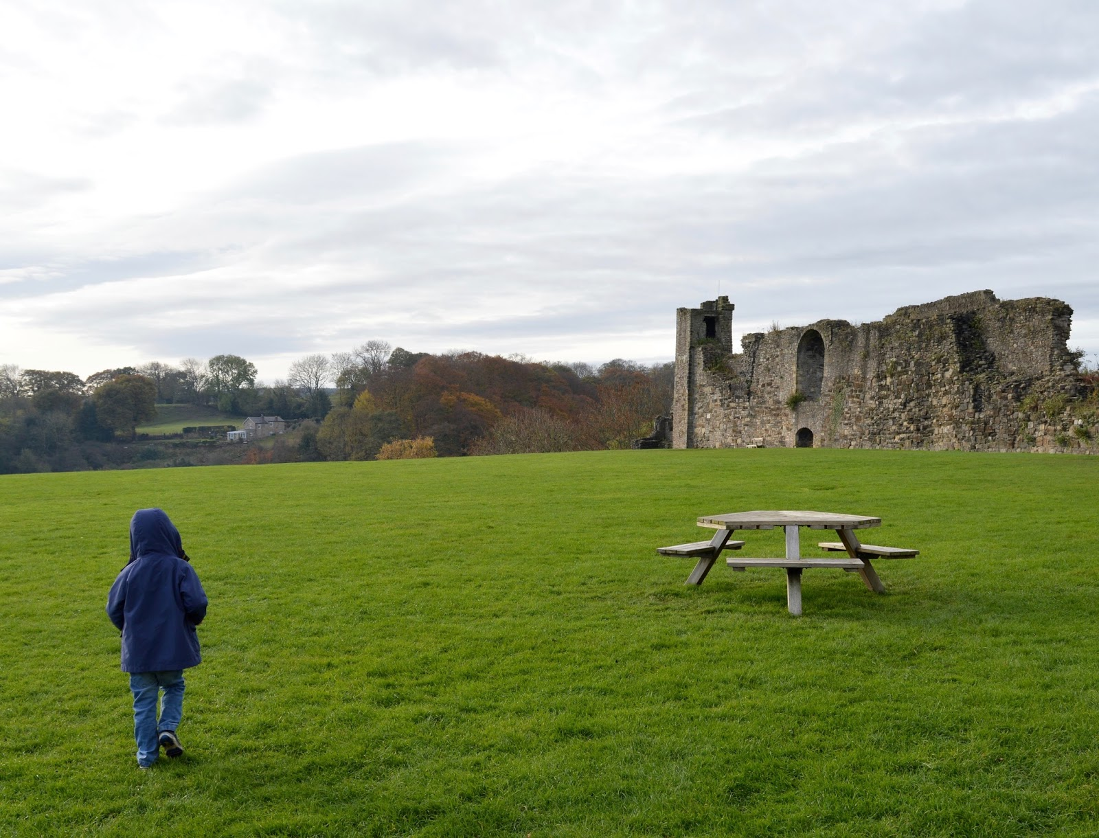 A weekend break in Richmond, North Yorkshire | What to do with the kids - English Heritage Richmond Castle